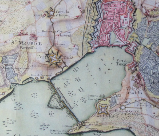 """Extrait. Plan du """"Siège et Blocus"""" de La Rochelle en 1627-1627. (Source : Masse, Claude. Recueil des plans de La Rochelle, La Rochelle, Éditions Ruypella, 1979, feuille 10)"""