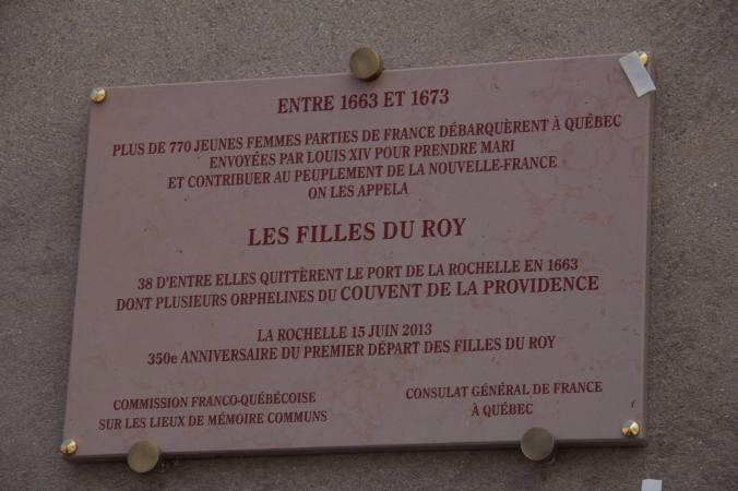 Plaque commémorative dévoilée le 15 juin 2013. (Source : https://www.facebook.com/Filles.du.Roy)