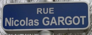 Plaque de la rue Nicolas Gargot à La Rochelle (Source : Inventaire des lieux de mémoire de la Nouvelle-France[6])