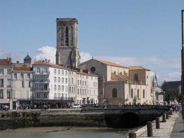 L'église Saint-Sauveur en 2012. (Source : Collection Guy Perron)