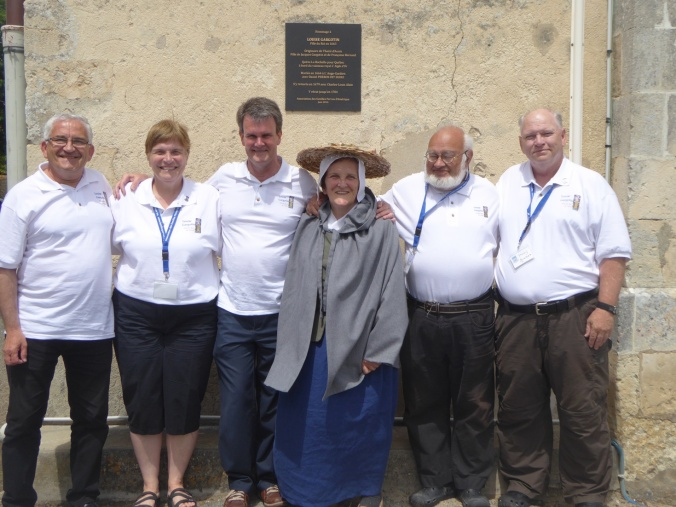 Comité organisateur : Jany Grassiot, Gabrielle Perron-Newman, Guy Perron, Gargotine (Monique Picard), Jean-François Paboul et Doug Perron-Newman. (Crédit photo : Liliane Berland)