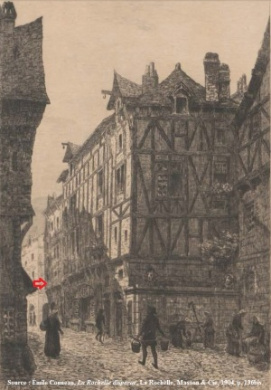 L'emplacement de la maison-étude du notaire Jean Langlois vue de la fontaine de Navarre. Anciennement nommée « fontaine du carrefour de la Ferté », cette fontaine prend le nom de Navarre dans un acte 1594. Elle est rebâtie en 1670, puis démolie avec l'élargissement de la rue de la Ferté.